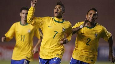 Neymar cieszy się z gola podczas mistrzostw Ameryki Płd. U-20. Brazylia wygrała z Chile 5:1, a Neymar strzelił dwa pierwsze gole.