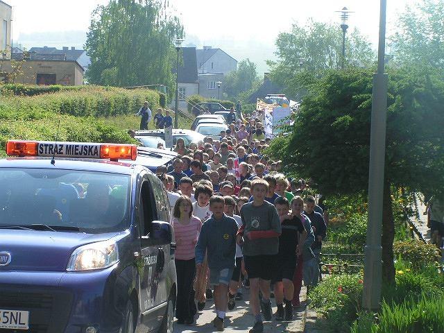 W Barwicach co roku w zawodach Polska Biega bierze udział ok. 400 uczniów