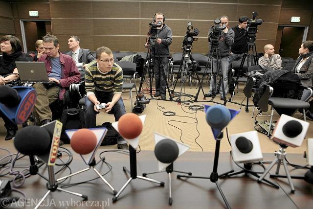 Dziennikarze przed konferencją prasową