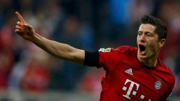 Robert Lewandowski w meczu Bundesligi strzelił pięć goli w dziewięć minut