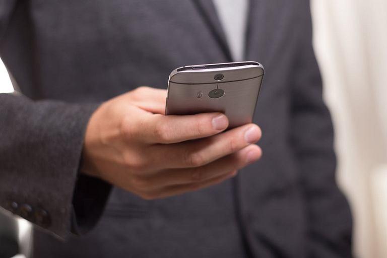 Smartfony i aplikacje mobilne - zdjęcie pogladowe