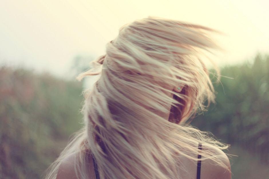 6 Sprawdzonych Sposobów Na Nadmiernie Przetłuszczające Się Włosy