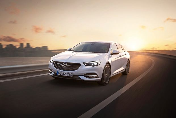 Opel pokazuje światu nową generację modelu Insignia