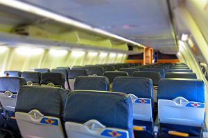 Piloci oskarżeni o podglądanie pasażerów w toalecie. Linia lotnicza: To niestosowny żart