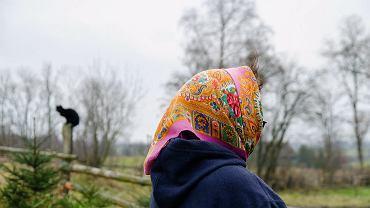 Być kobietą na wsi: Tam, gdzie PKS nie dociera