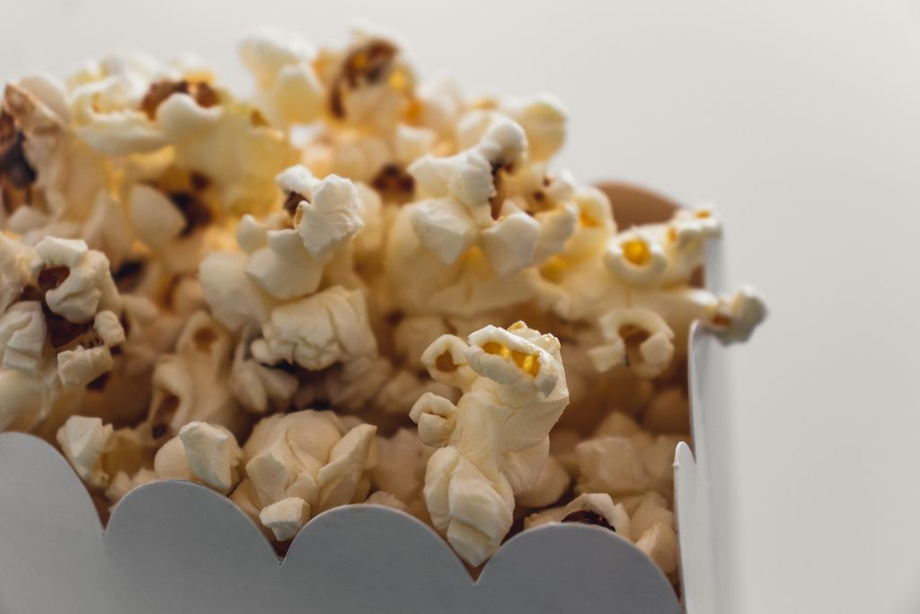 popcorn - ile kalorii