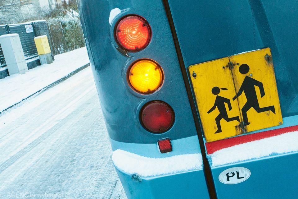 Autobus szkolny.