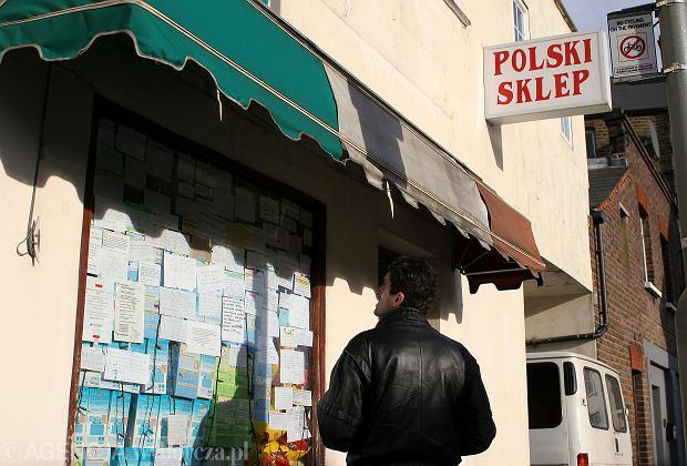 Polacy często tworzą w Wielkiej Brytanii polskie społeczności. Zdjęcie ilustracyjne