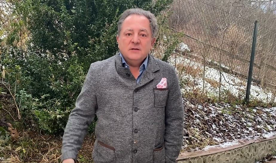 Robert Makłowicz to ikona dobrego jedzenia Teraz zachęca do szczepień przeciwko COVID-19