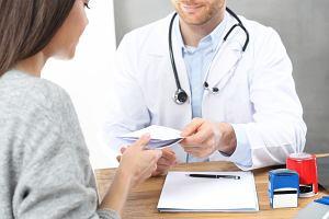 Skierowanie do sanatorium w ramach NFZ. Jak je uzyskać i kto może skorzystać z bezpłatnego pobytu w uzdrowisku?