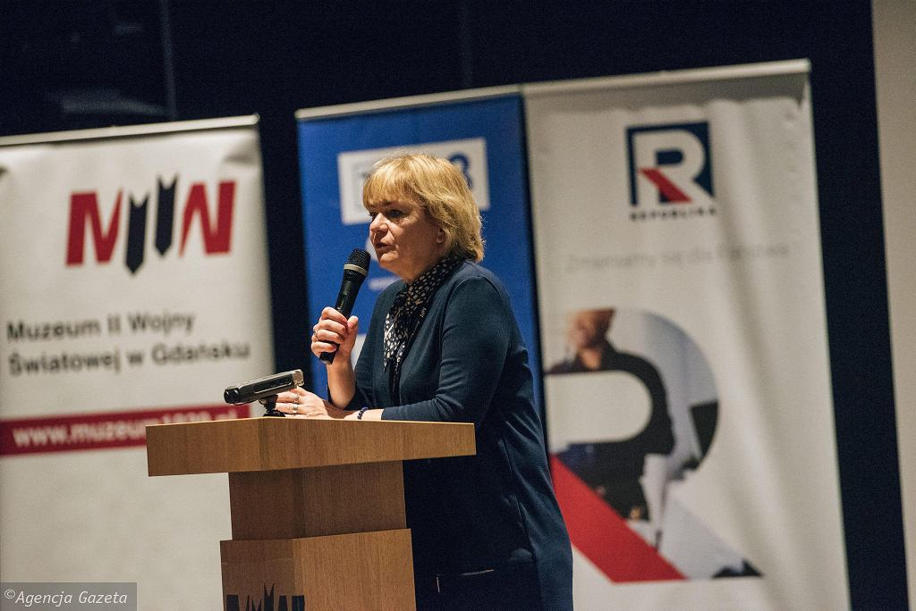 Konferencja pt. 'Polskie doświadczenie podczas II Wojny Światowej'.Dorota Kania, redaktor naczelna 'Telewizji Republika'.