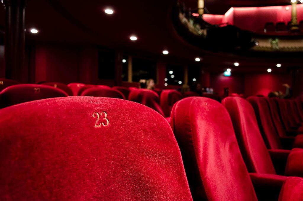 Czy w Walentynki można będzie pójść do kina? Jaki będzie repertuar? (zdjęcie ilustracyjne)