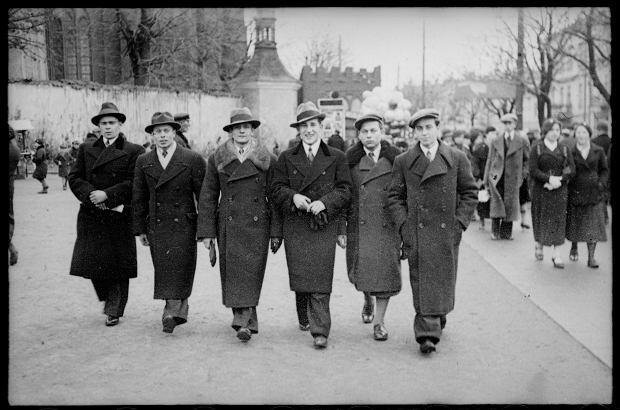 Zdjęcie numer 0 w galerii - Zdarzyło się... 1 listopada 1936 roku. Niepublikowane zdjęcia sprzed 81 lat