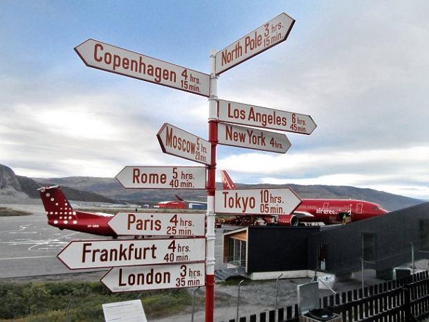 Grenlandia, lotnisko w Ilulissat -  nie tak daleko od reszty świata