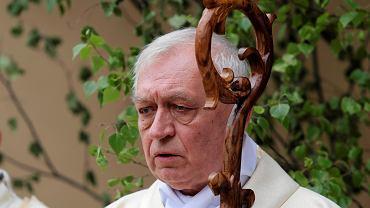 Apel Stowarzyszenie Polska Laicka o pozbawienie biskupa tytułu. 'Moralnie jest współwinny'