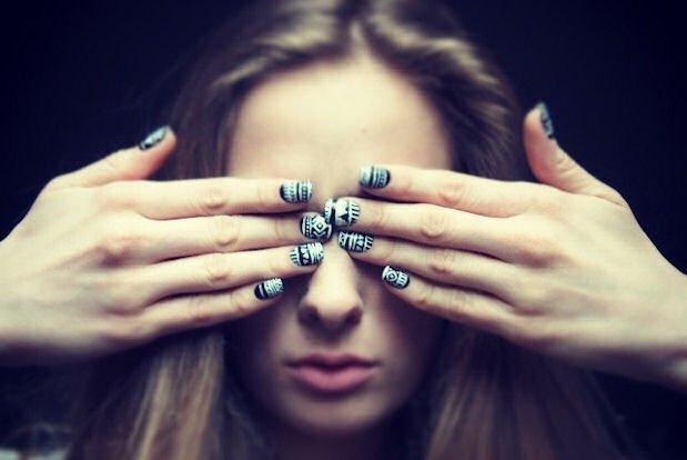 Sztuczne paznokcie