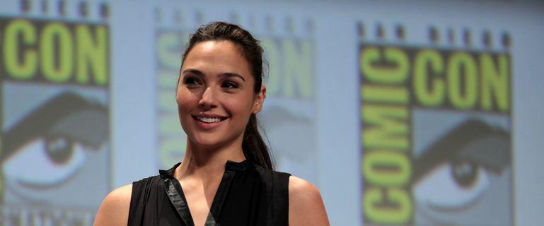 """Gal Gadot: """"Mój kraj jest w stanie wojny"""". Filmowa Wonder Woman jest krytykowana"""