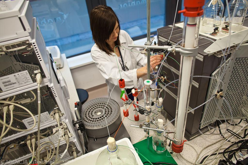 Laboratorium biotechnologicznej firmy Mabion