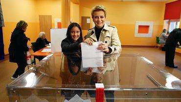 Wybory samorządowe 2018. Hanna Zdanowska głosuje