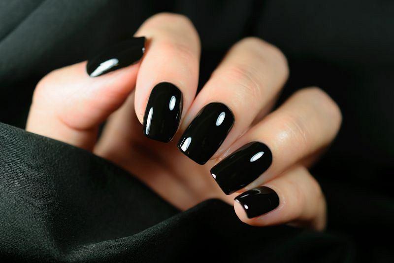 Kwadratowe paznokcie