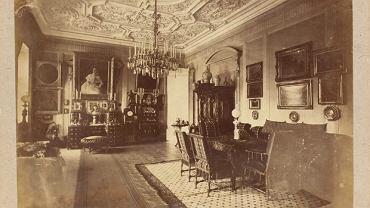 Wnętrze mieszkania w kamienicy na rogu ul. Marszałkowskiej i Królewskiej, Warszawa ok. 1870