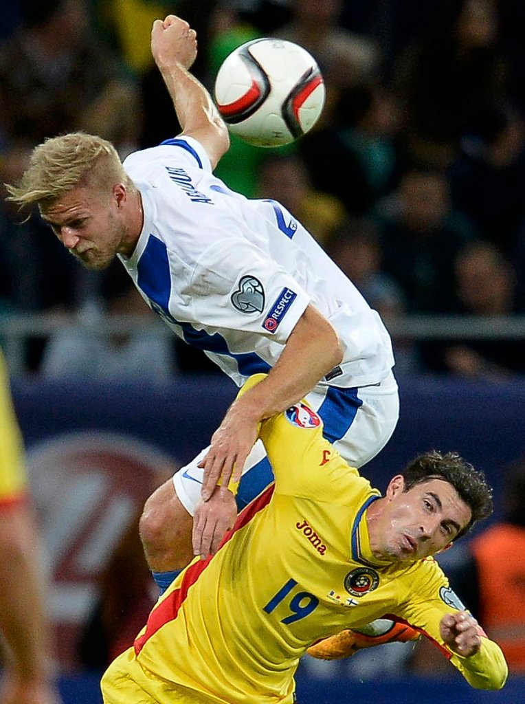 Paulus Arajuuri w meczu reprezentacji Finlandii