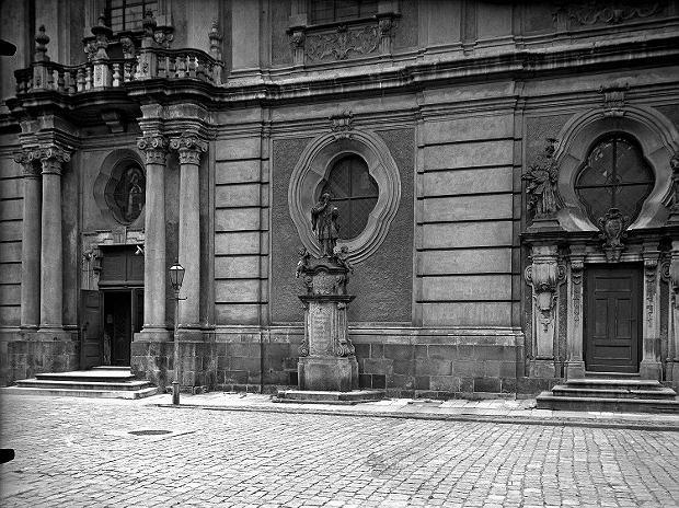 Zdjęcie numer 0 w galerii - Archiwalne, przedwojenne zdjęcia opolskich miast. Poznajecie?