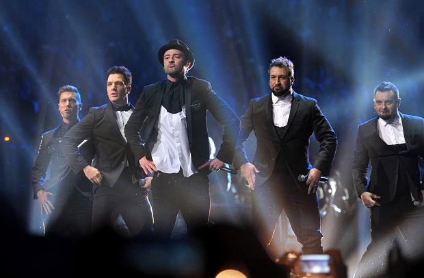IMAGE DISTRIBUTED FOR MTV - From left, Lance Bass, JC Chasez, Justin Timberlake, Joey Fatone and Chris Kirkpatrick, of musical group 'N Sync, perform at the MTV Video Music Awards at Barclays Center on Sunday, Aug. 25, 2013, in the Brooklyn borough of New York. (Photo by John Shearer/Invision for MTV/AP Images)