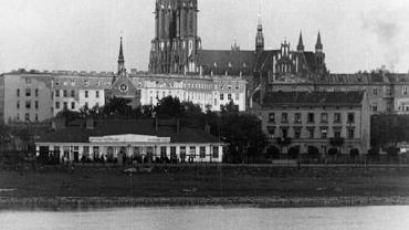 Panorama Pragi, widoczny dworzec Warszawa-Wisła i kościół św. Floriana