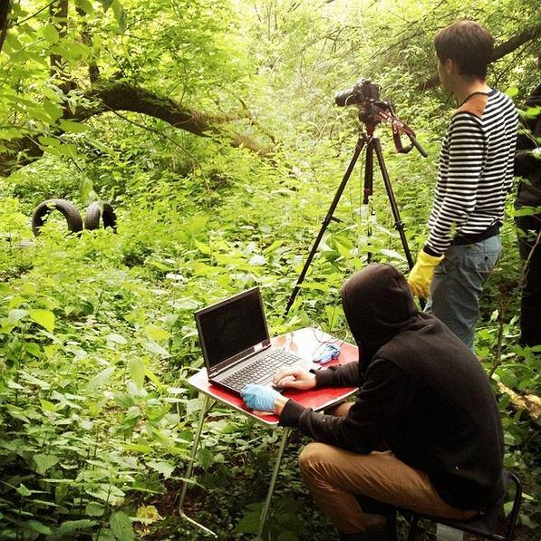fot. zespolwespol.org/z-kamera-wsrod-smiec