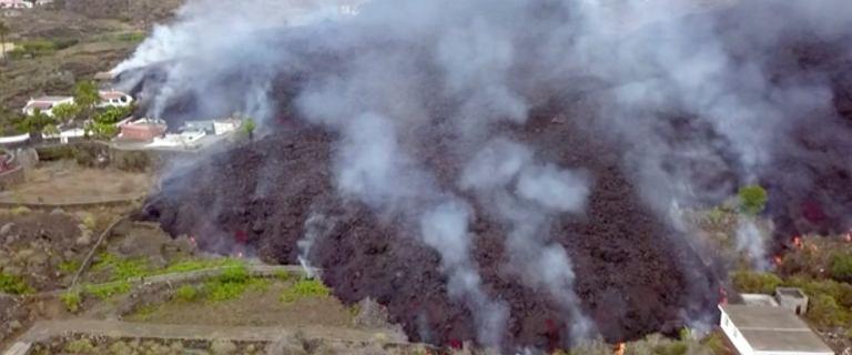 Wulkan wybuchł na kanaryjskiej La Palmie. Polka: Sytuacja jest tragiczna