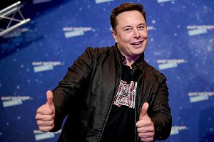 Elon Musk ratuje Izerę? Tajemnicze lądowanie w Warszawie