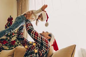 Świąteczne zabawy ruchowe, czyli co robić w święta z dzieckiem?