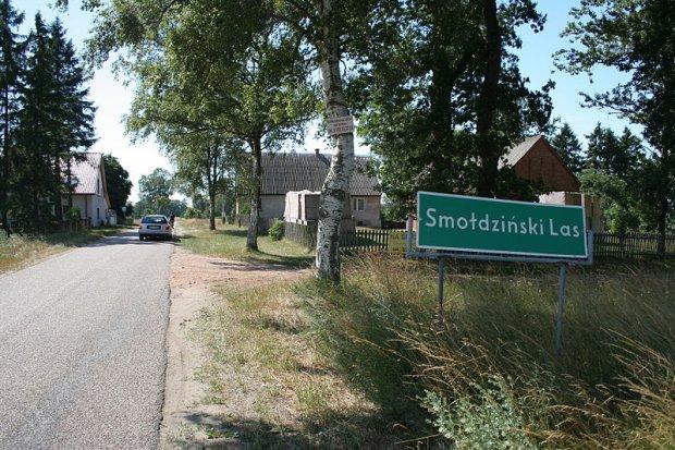 Letnisko jak z dawnych lat. 9 spokojnych miejsc na wakacje w Polsce, gdzie nie dotrzesz bez samochodu
