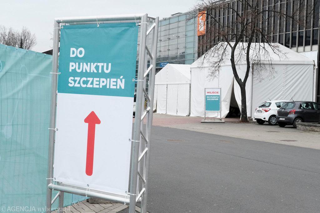 Punkt szczepień na Międzynarodowych Targach Poznańskich