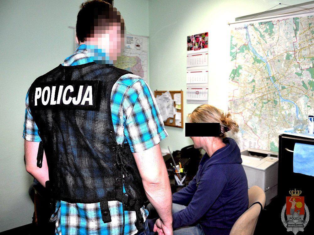 Policjanci zatrzymali podejrzanych o wyłudzenie 32 mln