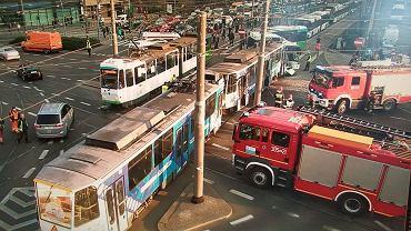 Wypadek tramwaju z autobusem w Szczecinie