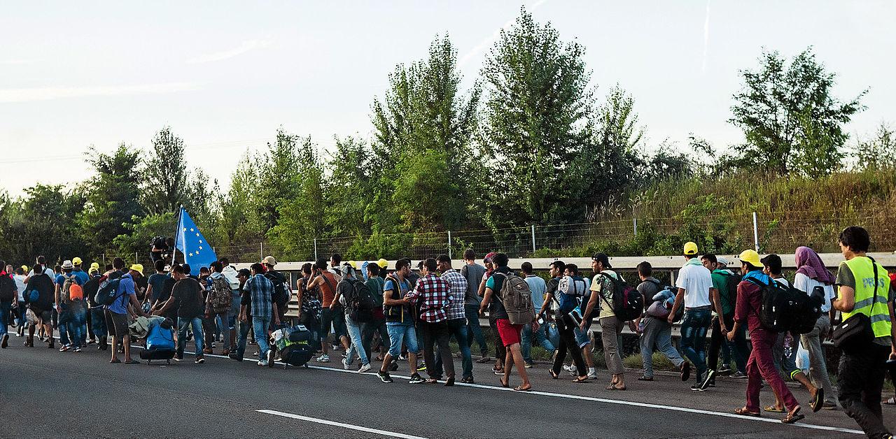 Uchodźcy idą przez Węgry. Dla wielu to Niemcy stały się nowym domem (fot. Joachim Seidler/wikimedia.org/CC BY 2.0)