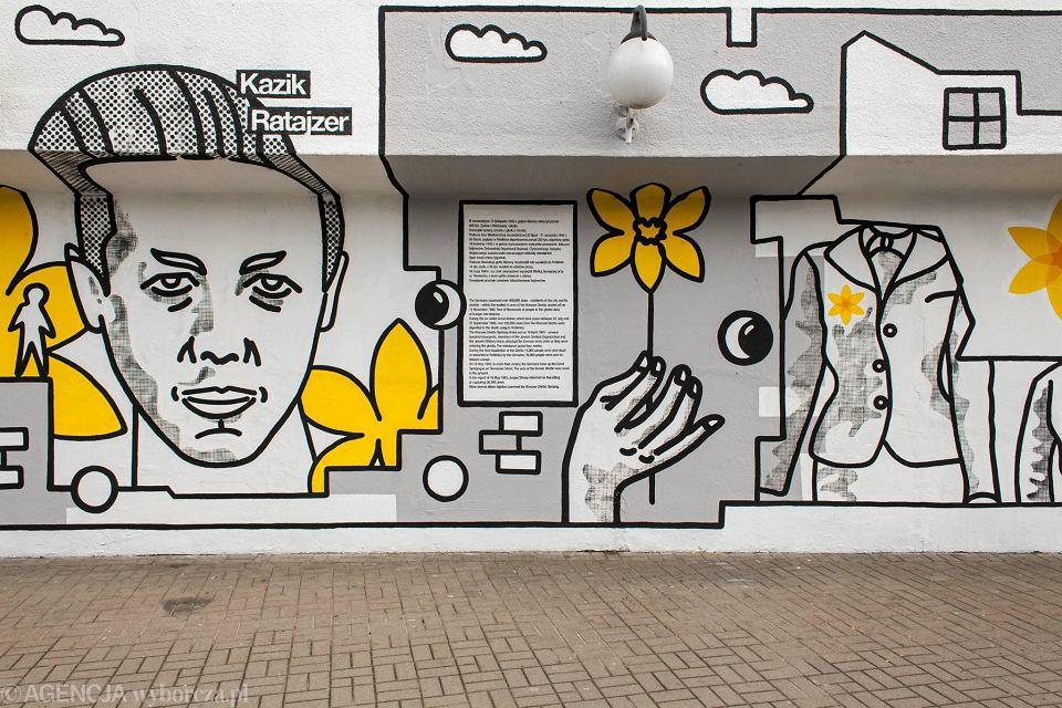 Zdjęcie numer 17 w galerii - Rocznica powstania w getcie warszawskim. Żonkil oznacza pamięć