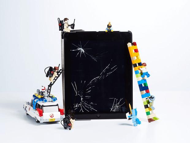 Klocki Lego czy tablet? Czym powinno bawić się dziecko?