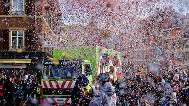 Francja. 6,5 tys. osób bawiło się na nielegalnym balu karnawałowym. Interweniowała policja