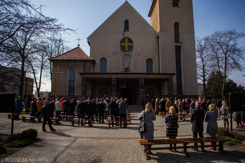Bierzmowanie w kościele pw. św. Judy Tadeusza, Kraków