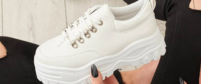 Najmodniejsze sneakersy tego sezonu: fasony i kolory, w które warto zainwestować!
