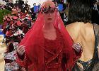 Najdziwniejsze kreacje Met Gala 2017: Rihanna i Katy Perry podzieliły media, a Kendall Jenner pokazała za dużo