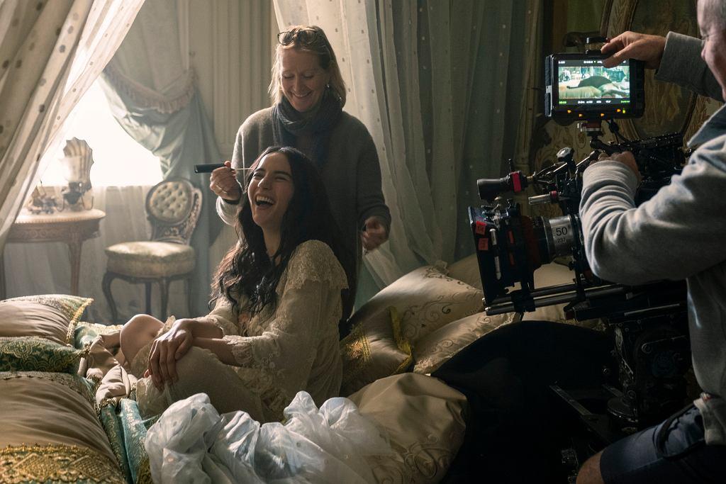 Chwila na poprawienie makijażu - serialowa Alina w Małym Pałacu