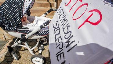 Protest antyszczepionkowców