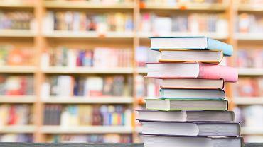 Lektury obowiązkowe na maturze znaleźć możemy w specjalnie sporządzonych spisach. Zdjęcie ilustracyjne, Billion Photos/shutterstock.com