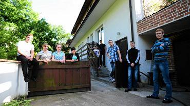Młodzi Polacy z Kazachstanu mieszkają w Falenicy