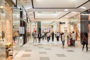 Centra handlowe chcą iść do Brukseli na wojnę z rządem. Stawką są miliardy złotych