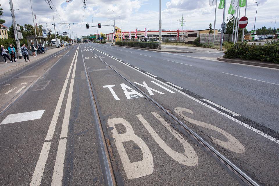 Buspas na Krakowskiej we Wrocławiu